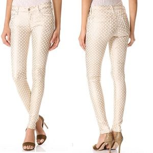 MOTHER The Looker Skinny Jeans in Creme De Love